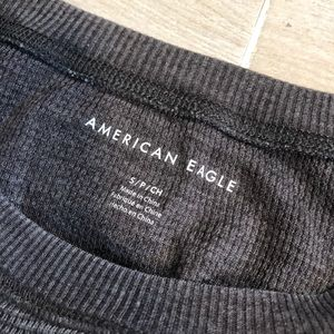 American Eagle Outfitters Tops - American Eagle Crop Top